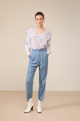 V neck blouse in an all over pastel print