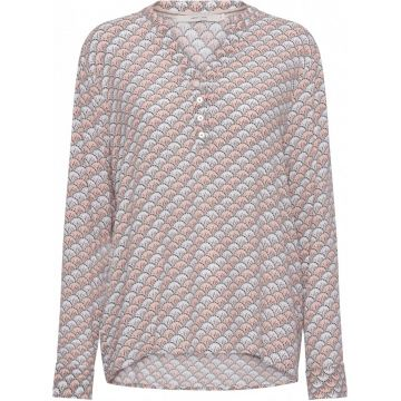 Alexia waves all over print shirt