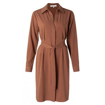 Belted shirt dress in a midi length