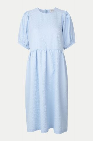 Leah dress in a textured crepe fabric