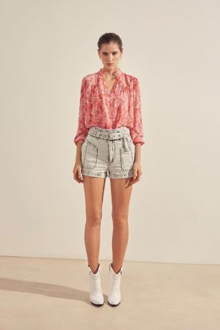 Blouse with an all over print