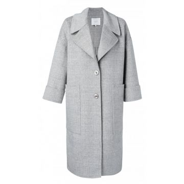 Oversized coat with 7/8 sleeves in a wool blend
